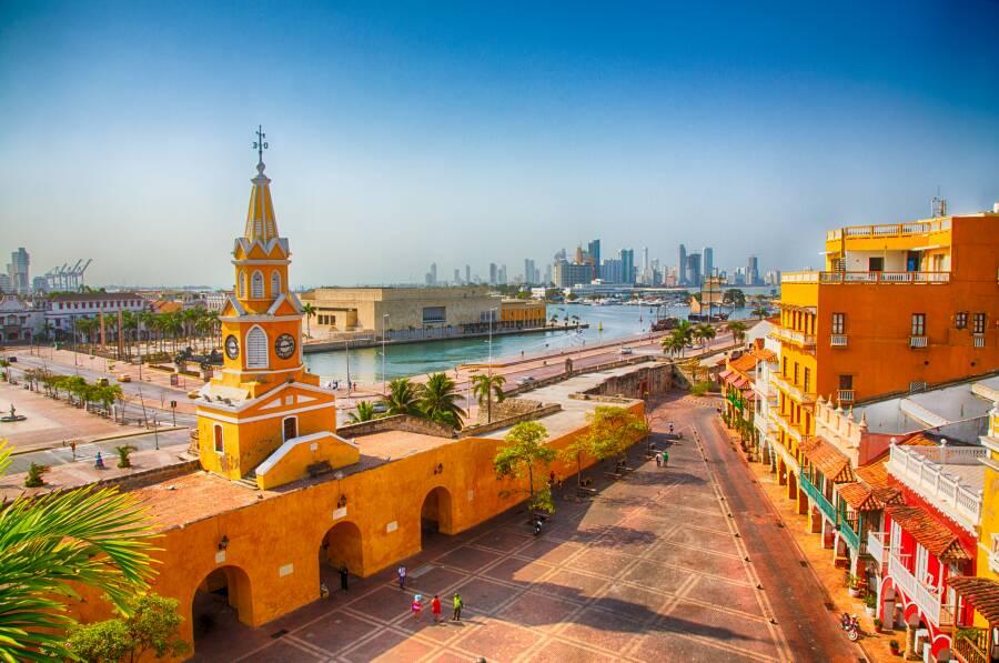 Cartagena: Lighthouse interpretarion services
